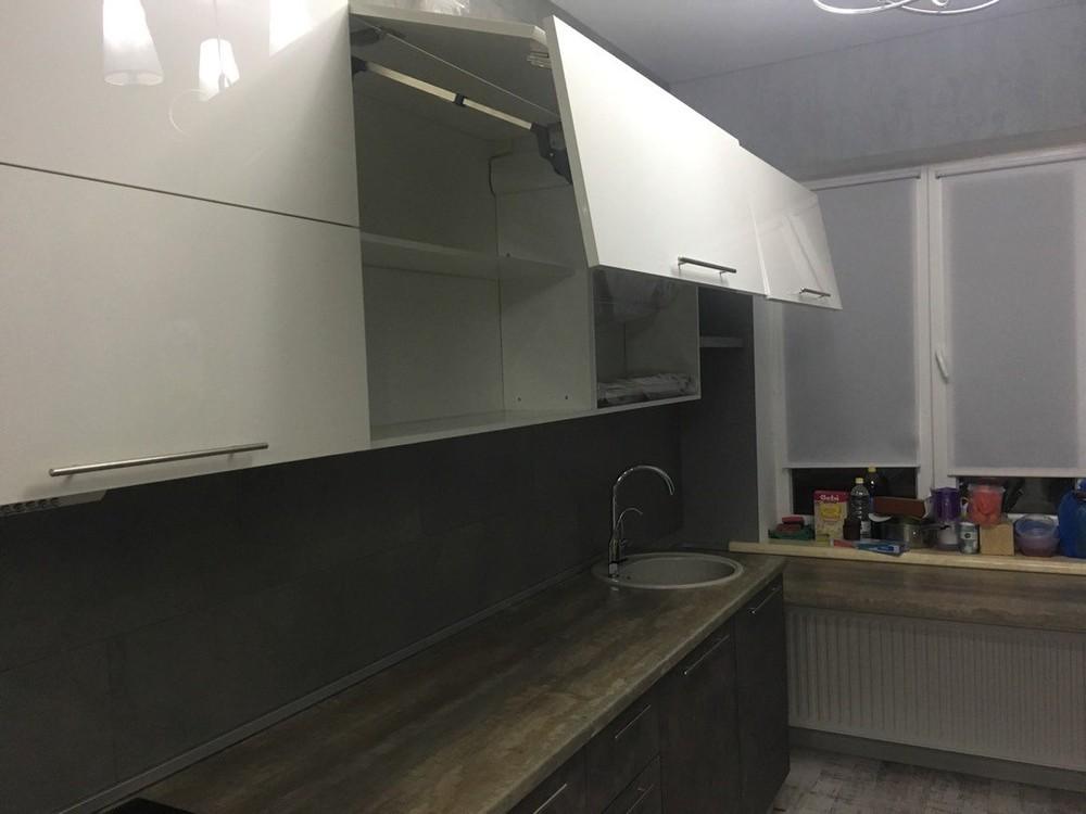 Белый кухонный гарнитур-Кухня МДФ в эмали «Модель 159»-фото3