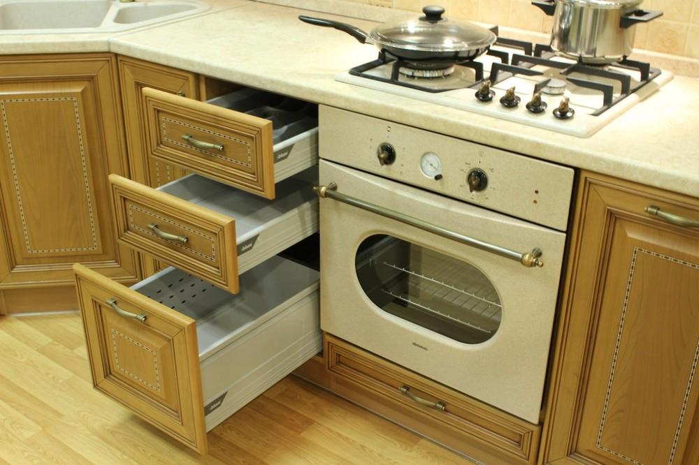 Классические кухни-Кухня из массива «Модель 127»-фото10