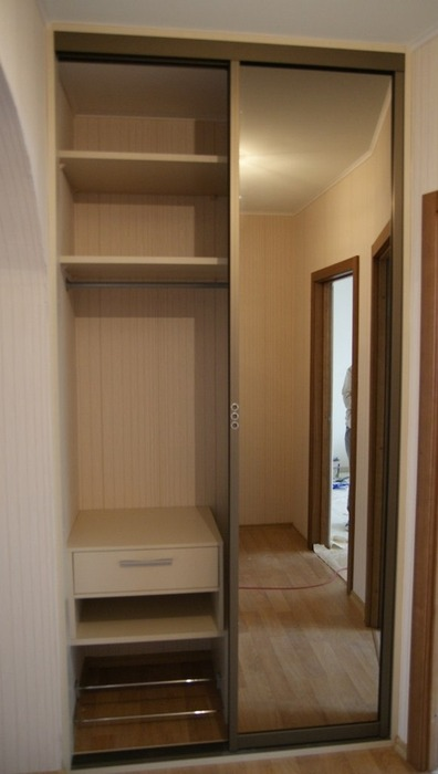 Встроенные шкафы-купе-Шкаф-купе с зеркалом «Модель 114»-фото2