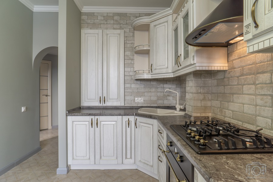 Белый кухонный гарнитур-Кухня из шпона «Модель 7»-фото2