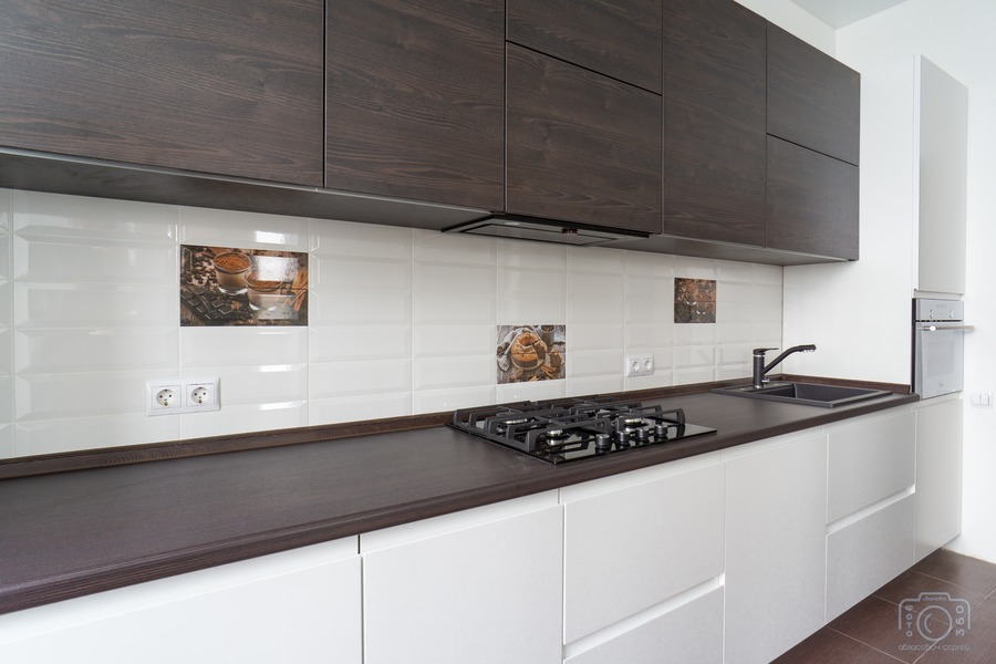 Белый кухонный гарнитур-Кухня МДФ в эмали «Модель 6»-фото3