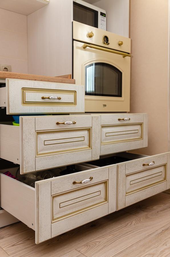 Белый кухонный гарнитур-Кухня из шпона «Модель 4»-фото8