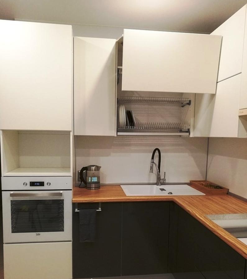 Белый кухонный гарнитур-Кухня МДФ в ПВХ «Модель 124»-фото3