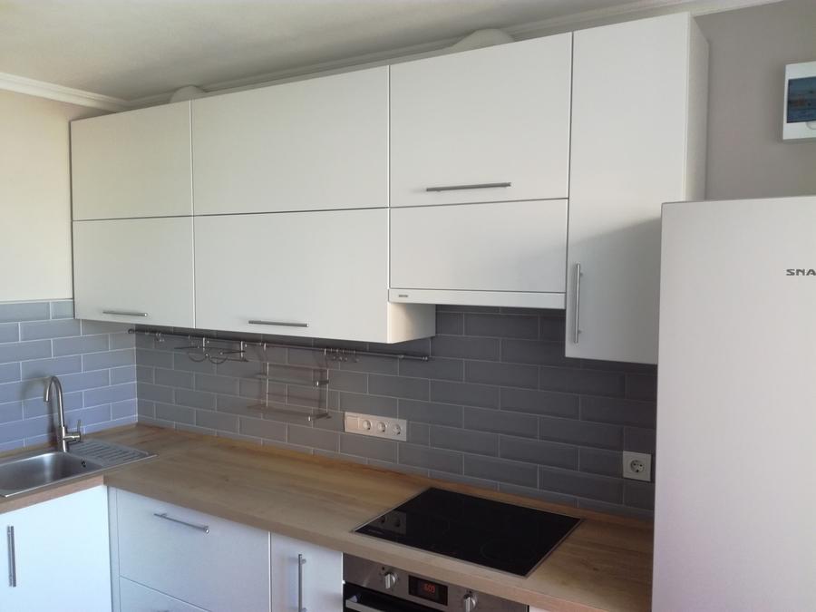 Белый кухонный гарнитур-Кухня МДФ в ПВХ «Модель 122»-фото3