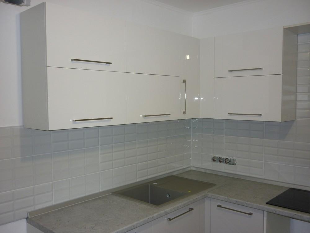 Белый кухонный гарнитур-Кухня МДФ в ПВХ «Модель 247»-фото2