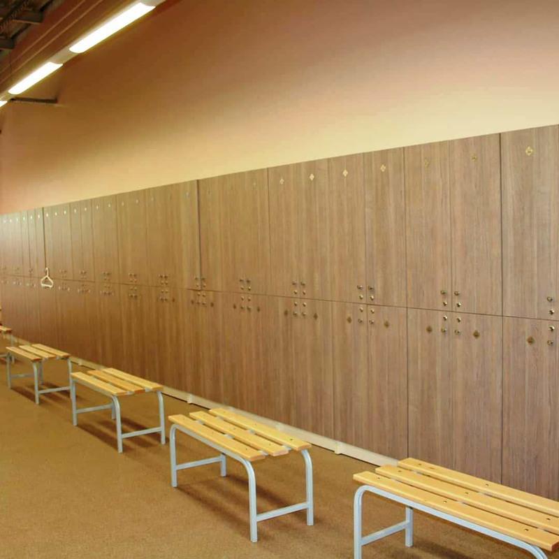 Торговая мебель-Шкафчики для раздевалки «Модель 167»-фото1