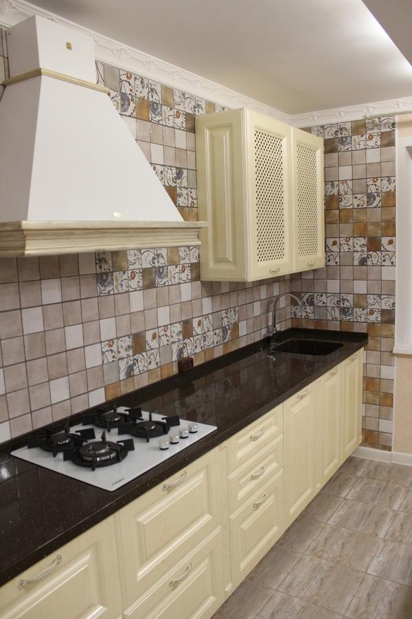 Белый кухонный гарнитур-Кухня МДФ в ПВХ «Модель 495»-фото3