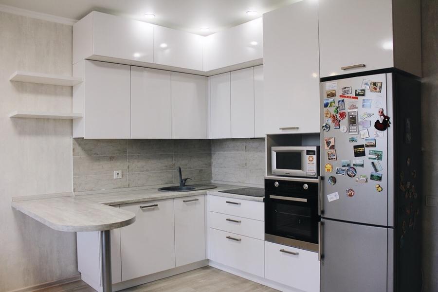 Белый кухонный гарнитур-Кухня из пластика «Модель 460»-фото1