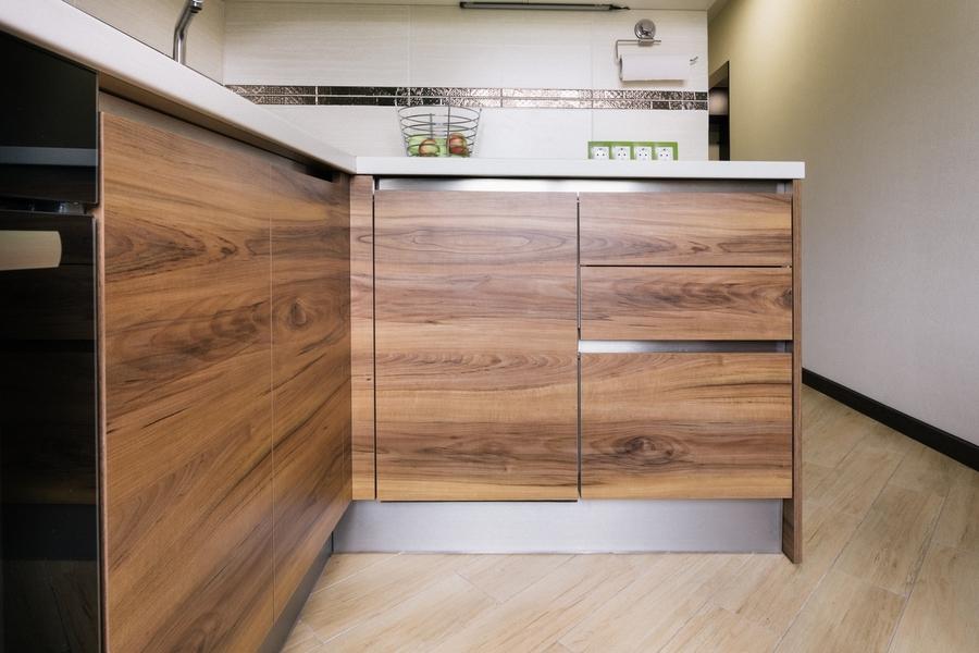 Глянцевые кухни-Кухня из ЛДСП «Модель 406»-фото3