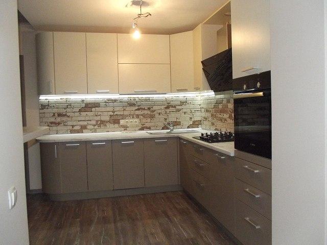 Белый кухонный гарнитур-Кухня из пластика «Модель 399»-фото2