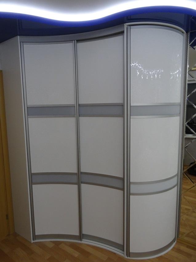 Белые шкафы-купе-Шкаф-купе из ЛДСП «Модель 467»-фото1