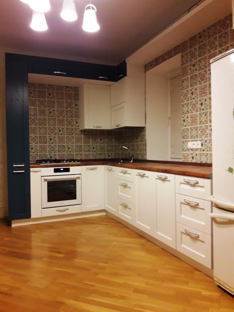 Белый кухонный гарнитур-Кухня МДФ в ПВХ «Модель 529»-фото2