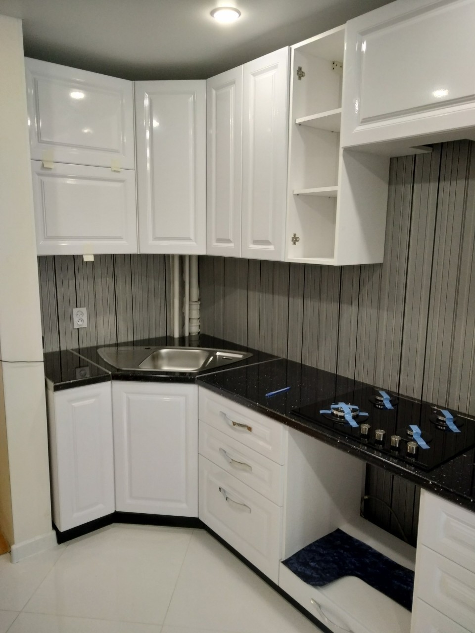 Белый кухонный гарнитур-Кухня МДФ в ПВХ «Модель 533»-фото2