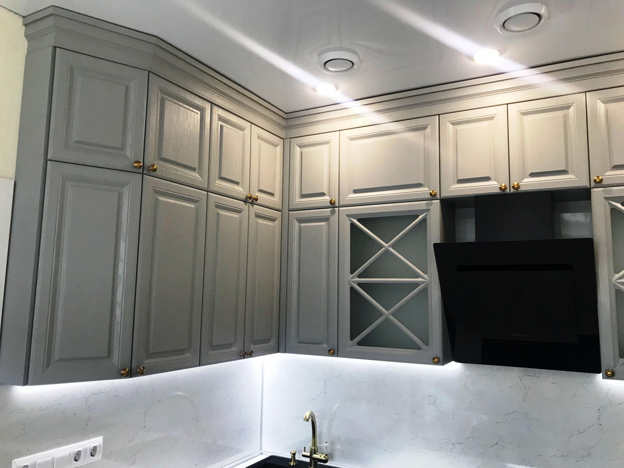 Классические кухни-Кухня МДФ в эмали «Модель 548»-фото2