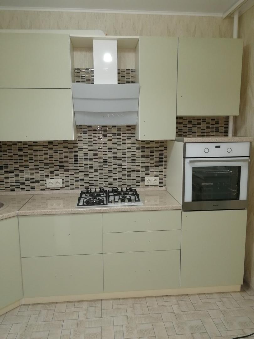 Белый кухонный гарнитур-Кухня МДФ в ПВХ «Модель 526»-фото3