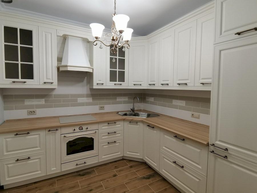 Белый кухонный гарнитур-Кухня МДФ в ПВХ «Модель 573»-фото3