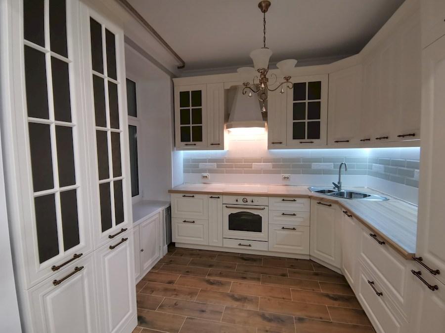 Белый кухонный гарнитур-Кухня МДФ в ПВХ «Модель 573»-фото2