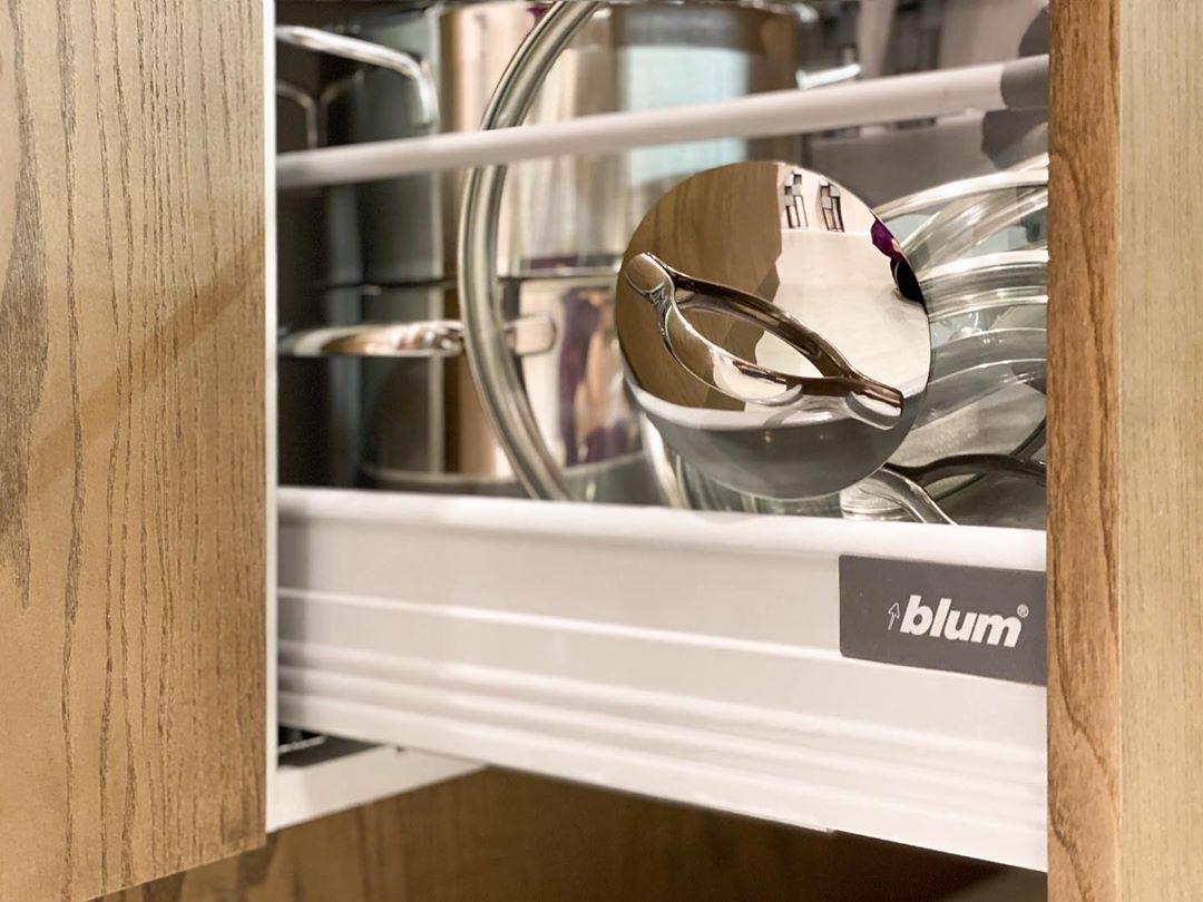Белый кухонный гарнитур-Кухня МДФ в эмали «Модель 618»-фото9
