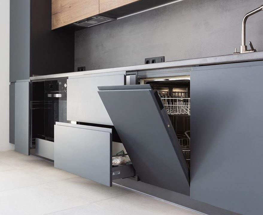 Встроенная кухня-Кухня МДФ в эмали «Модель 585»-фото3