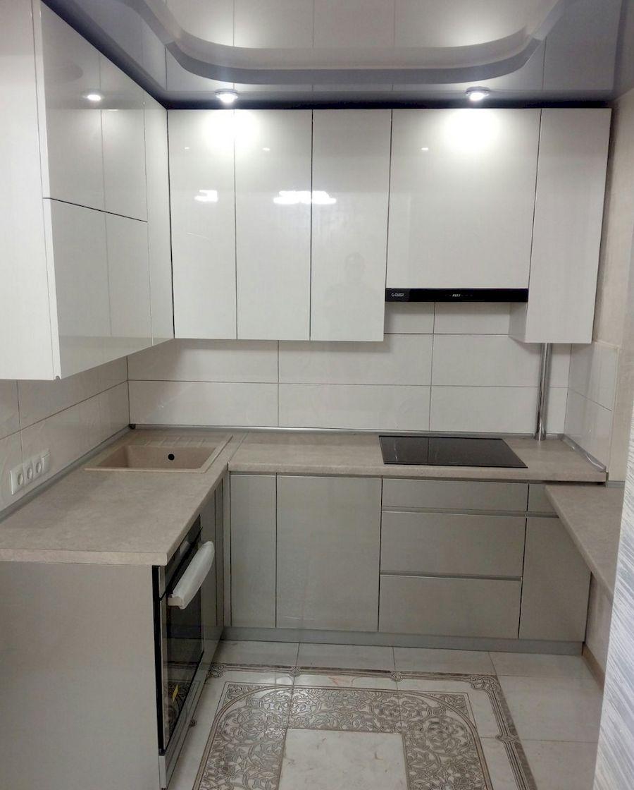 Белый кухонный гарнитур-Кухня МДФ в ПВХ «Модель 657»-фото1