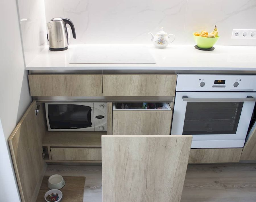 Белый кухонный гарнитур-Кухня из пластика «Модель 649»-фото3