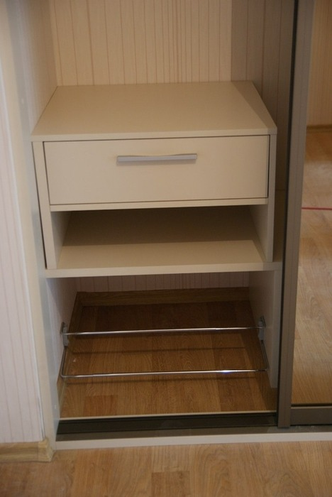 Встроенные шкафы-купе-Шкаф-купе с зеркалом «Модель 114»-фото3