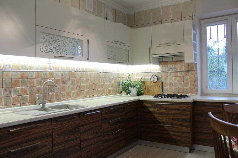 Акриловые кухни-Кухня МДФ в эмали «Модель 174»-фото1