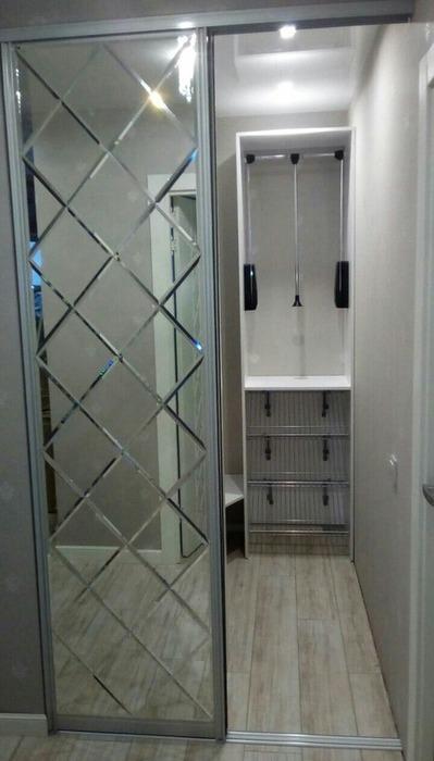 Встроенные шкафы-купе-Шкаф-купе с зеркалом «Модель 32»-фото5