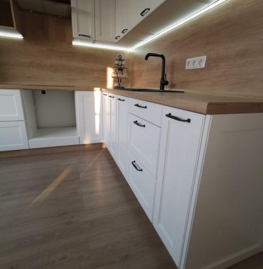 Белый кухонный гарнитур-Кухня МДФ в эмали «Модель 95»-фото5