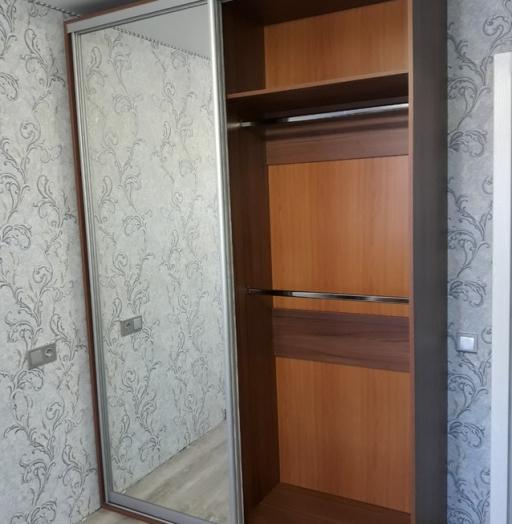 Бельевой шкаф-купе-Шкаф-купе с зеркалом «Модель 410»-фото4