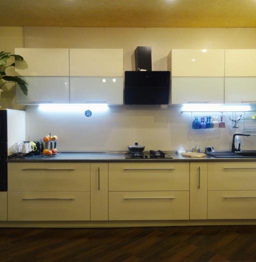 Акриловые кухни-Кухня из пластика «Модель 295»-фото3